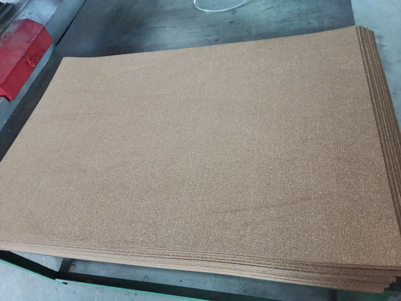 关于软木板的装饰用途陕西软木橡胶板厂来给大家讲一讲