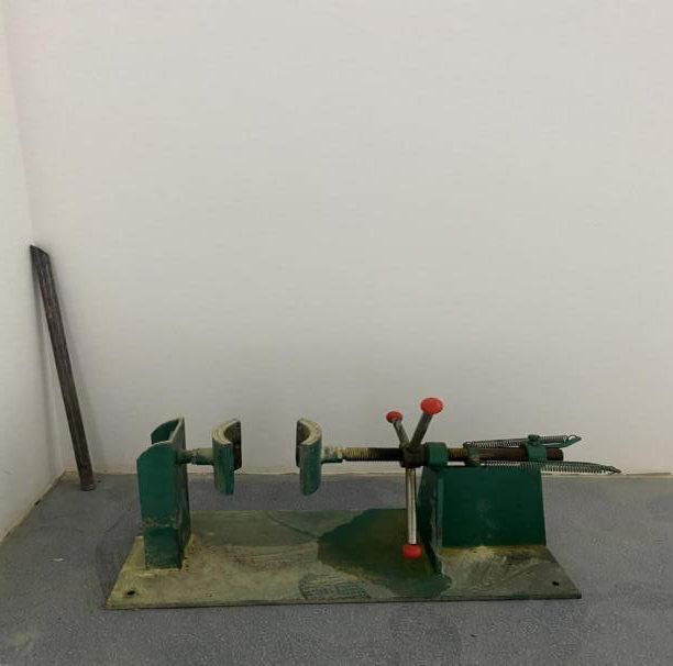 灭火器拆卸装置