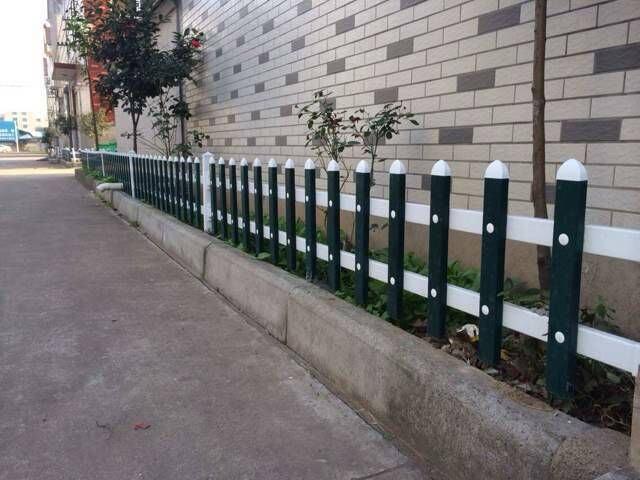 西安护栏-草坪护栏