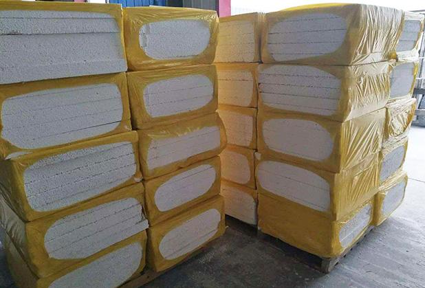 不燃型复合聚苯乙烯保温板