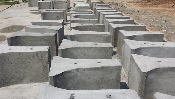 高速路市政道路交通设施专用水泥隔离墩主要用途