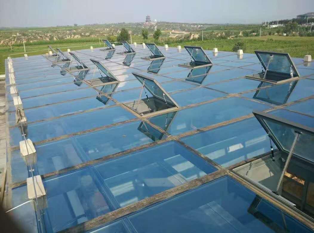 厂家直销 铝合金天窗 电动消防联动采光排烟天窗 可加工定制