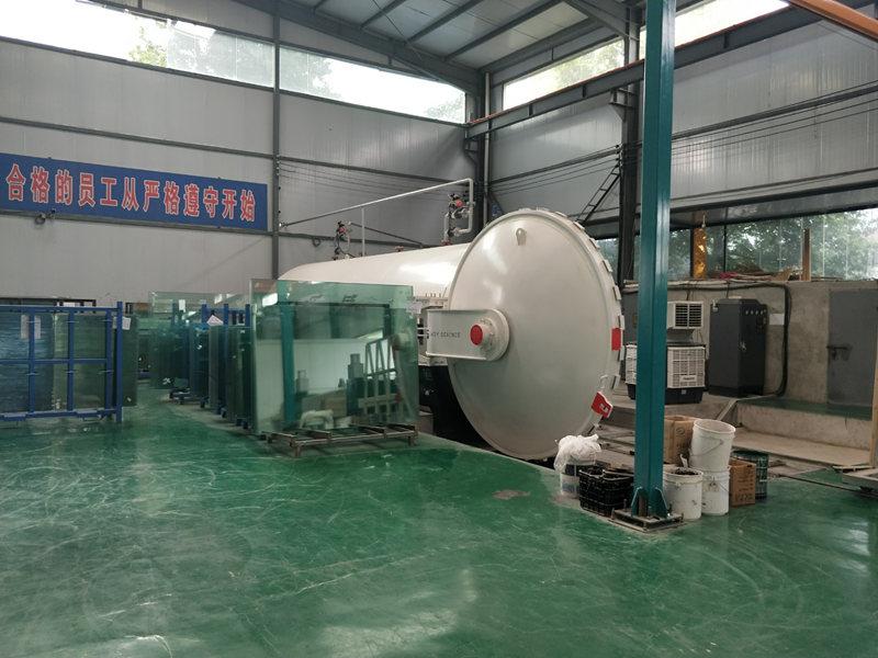 西安钢化玻璃厂家