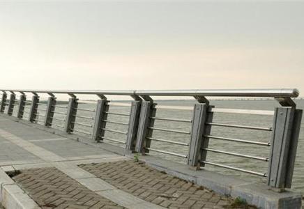 一定要了解的成都桥梁护栏结构和分类信息