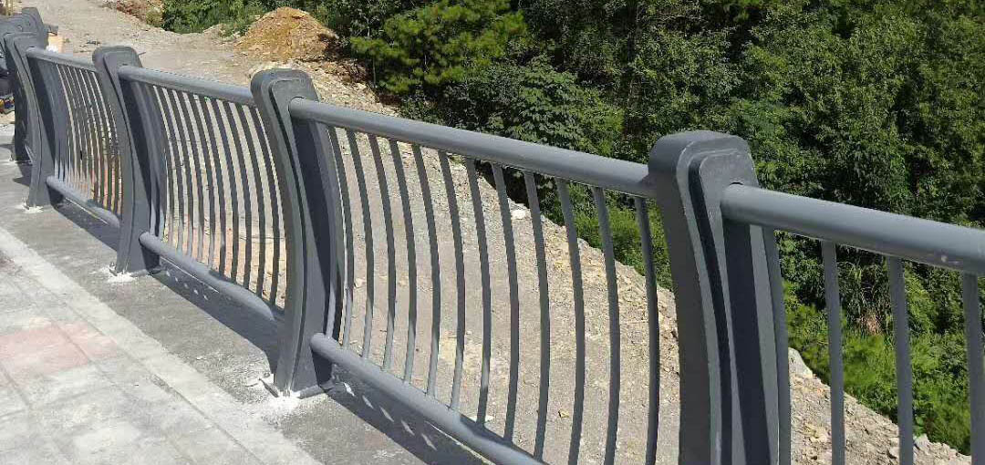 成都桥梁护栏案例