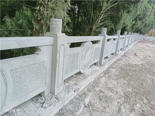 四川青砂石雕刻烂杆
