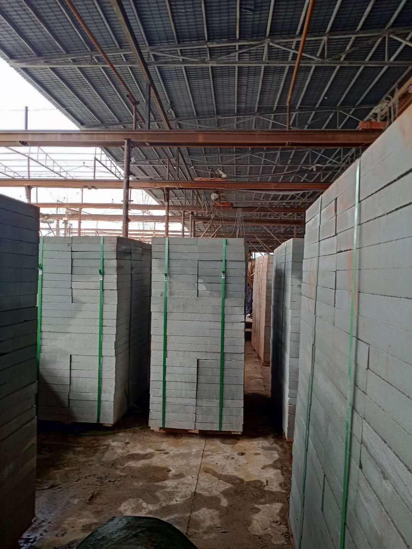青砂石工程板