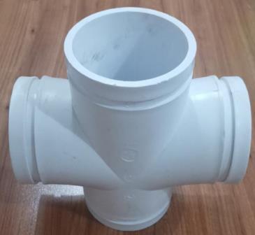 PE沟槽式排水管件-平面四通