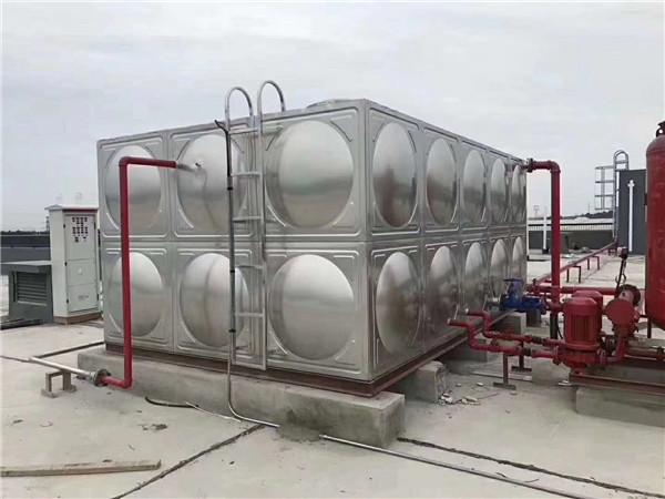 专业定制方形不锈钢水箱