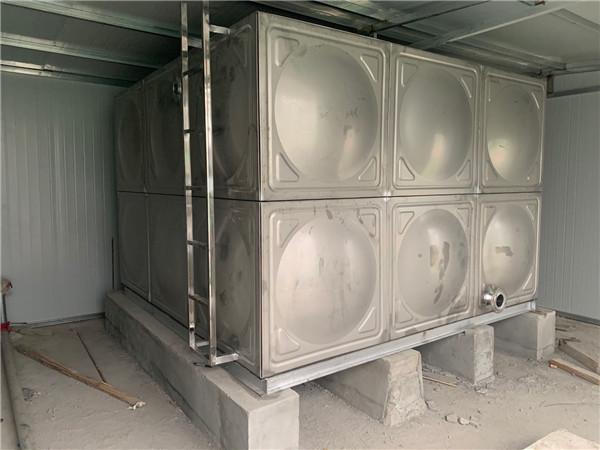 方形不锈钢水箱安装