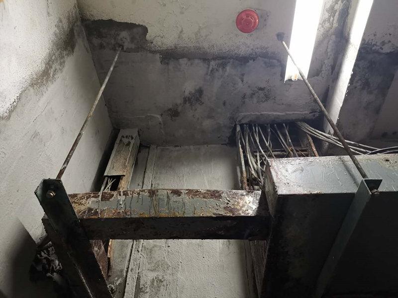 跟陕西配电室渗漏水维修公司一起来了解下地下室堵漏屋面防水技术的应用吧