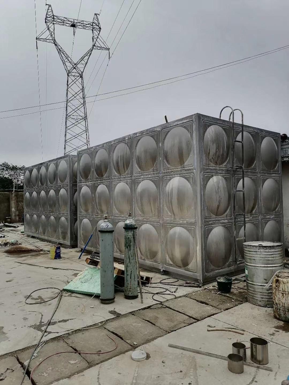 成都石室外语学校不锈钢水箱案例