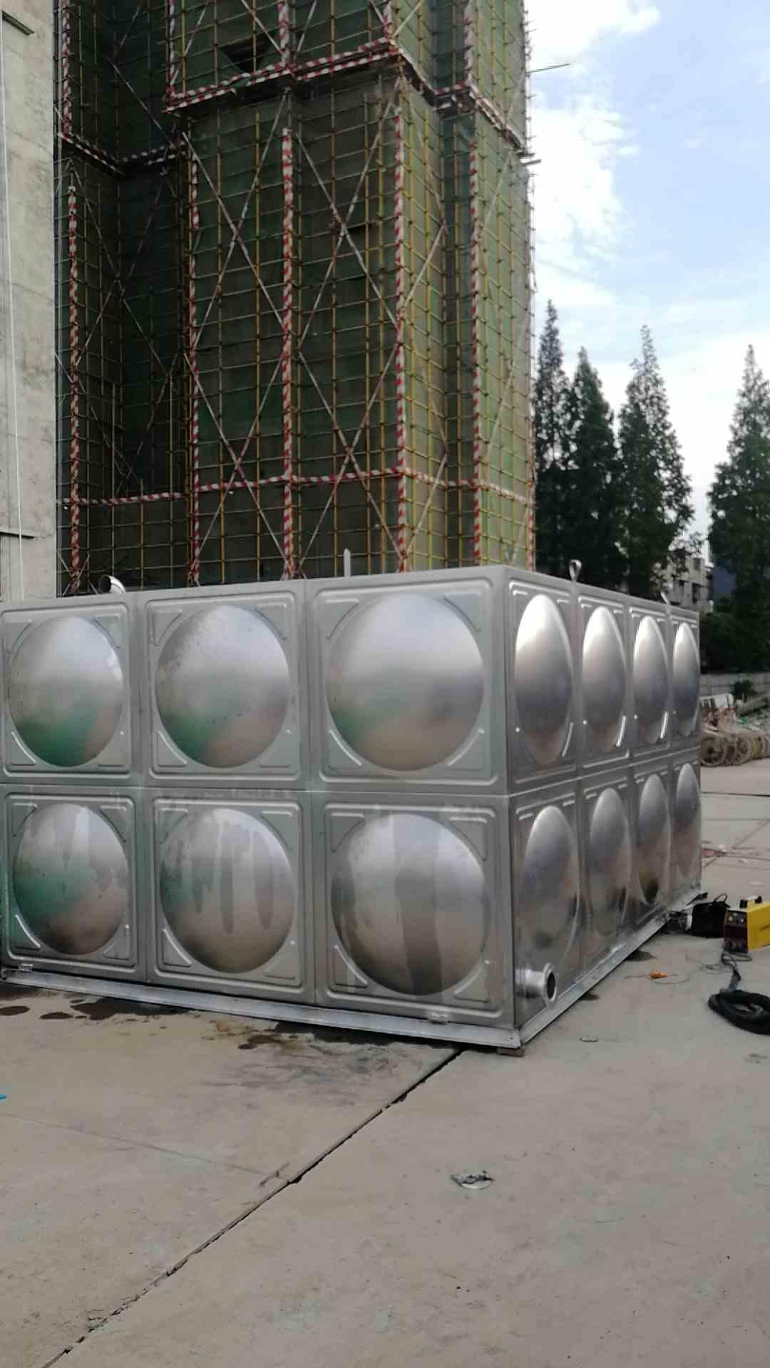 四川不锈钢水箱客户案例--郫都区团结镇安置房