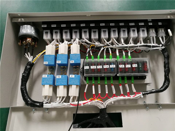 起重機電控系統