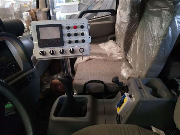 自動掃地車功能齊全的背后離不開電控系統的載入