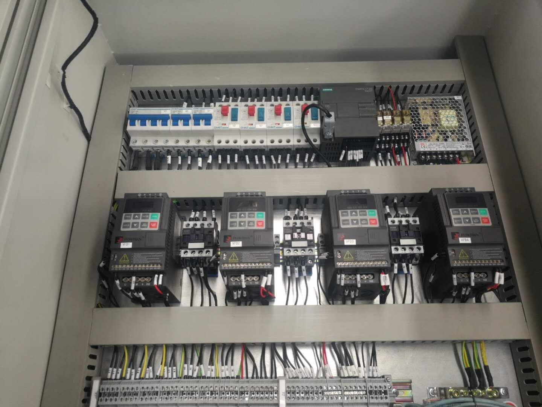 PLC控制柜設計前先來看一下PLC控制柜的工作原理吧