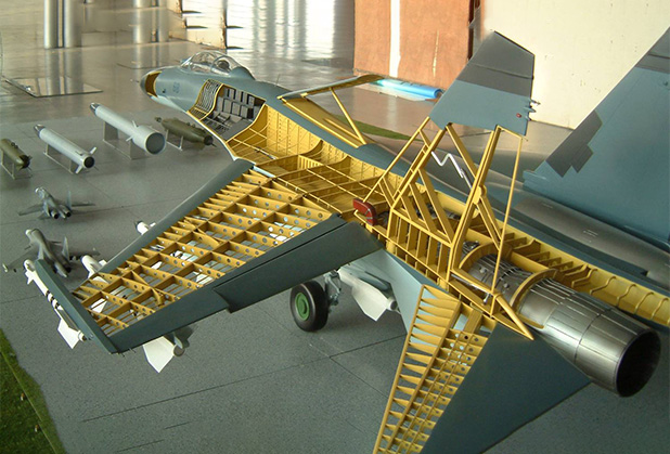 如何选择军事飞机模型?
