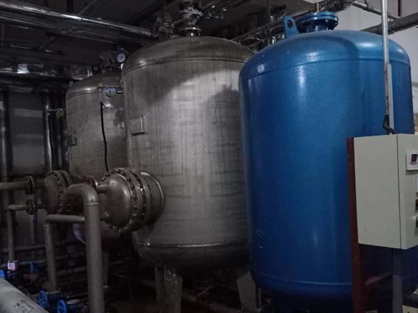 兰州社会福利院供热水机组