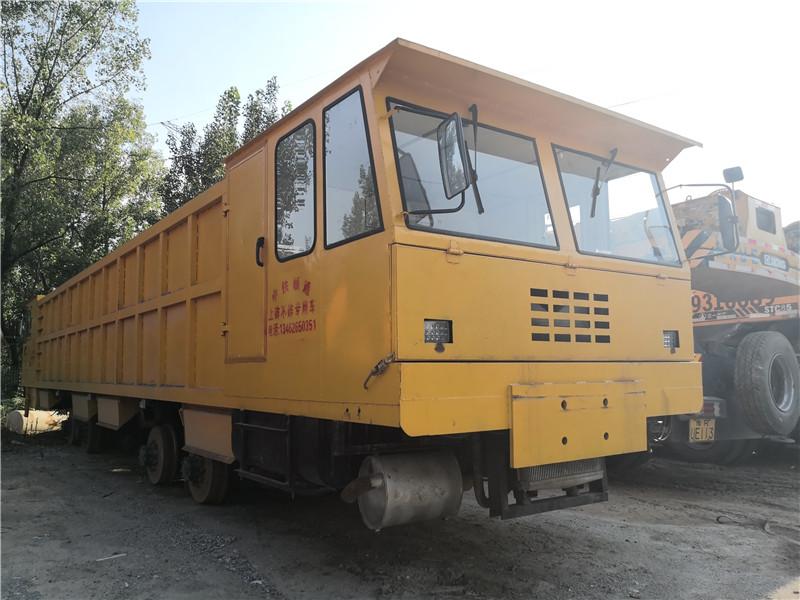 铁路老K车上砟