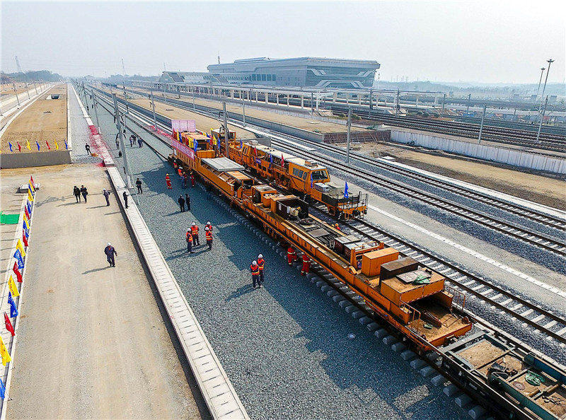 河南普彬告诉你为什么高铁要使用无砟铁路?