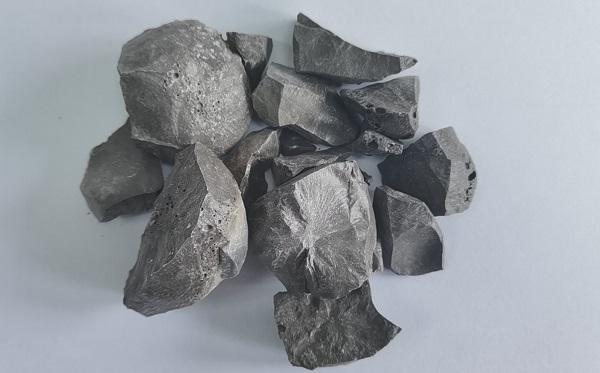 预熔精炼渣生产工艺是什么?