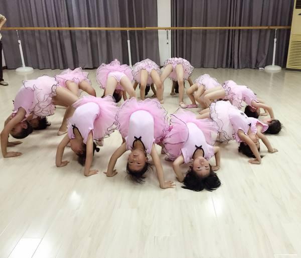 兰州少儿芭蕾舞培训