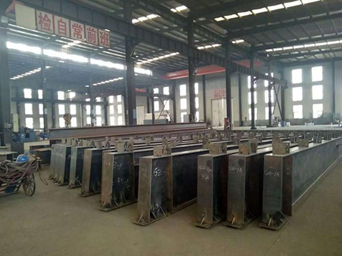 宁夏中维钢结构车间加工区
