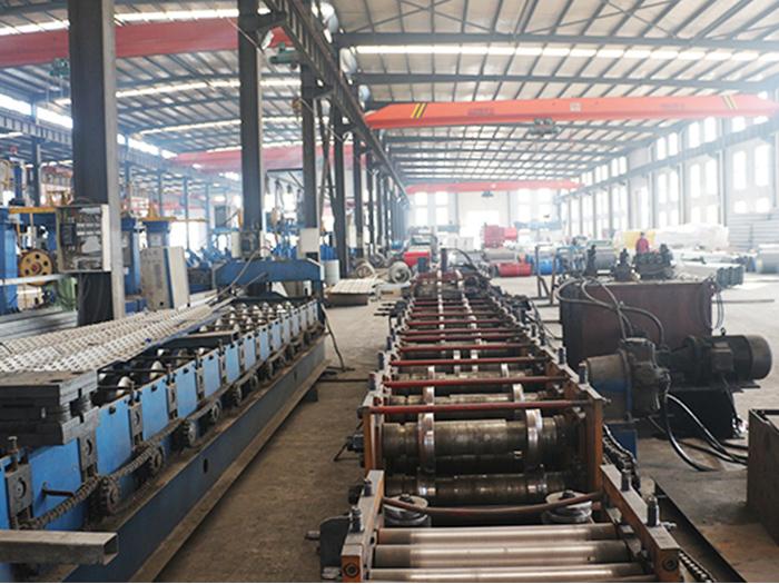 银川C型钢机器