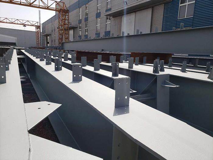 寧夏鋼結構廠房搭建材料怎麽選擇?