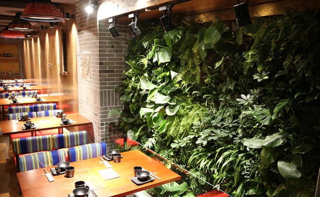 四川假山雕塑厂家分享主题餐厅景观工程设计新思路