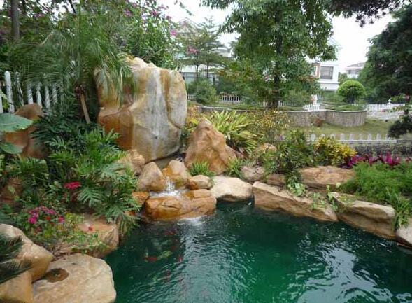 成都塑石门头厂家分析假山鱼池的制作方法