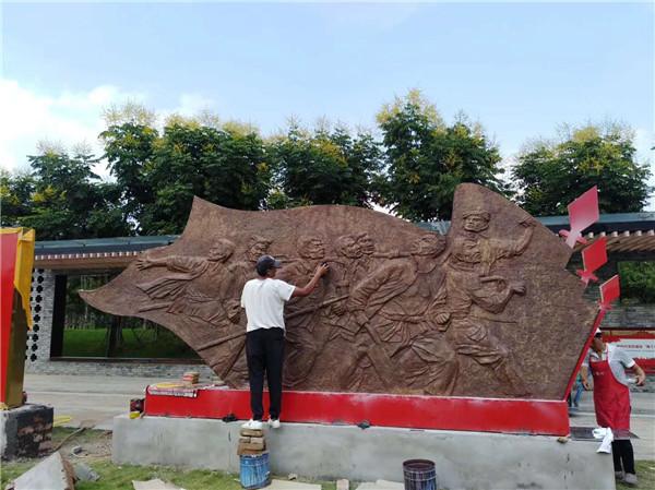 铜雕不仅仅有着艺术的价值,更加帮助城市建设作出了努力