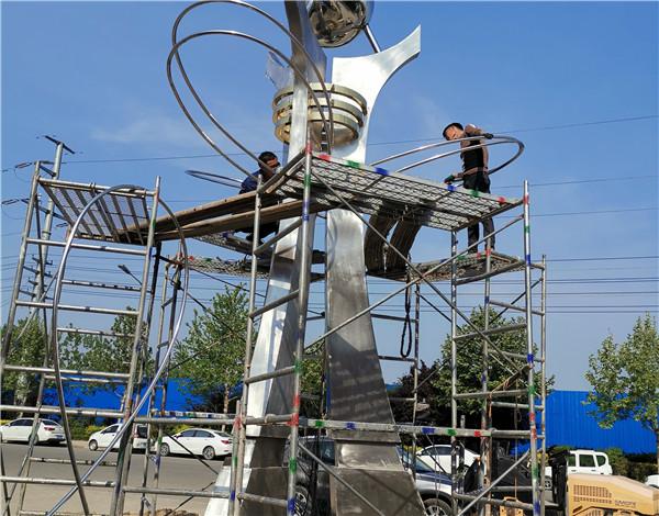 河南不锈钢雕塑适合城市广场公园多种环境,为我们的城市增光添彩