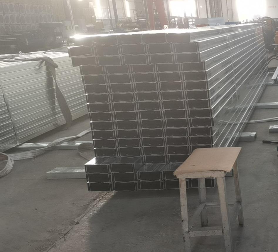 河南C型钢厂家发货案例