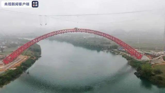 广西沙尾左江特大桥顺利完成全桥主弦管管内混凝土灌注施工