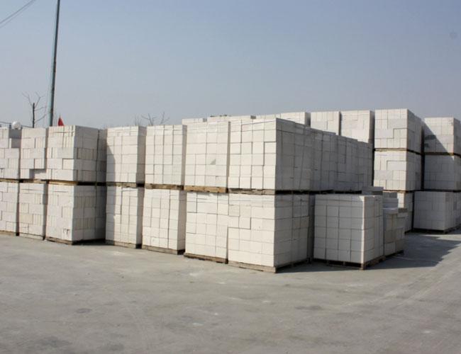 加气混凝土砌块为什么会出现蒸养裂纹?宁夏加气块厂家为您分析