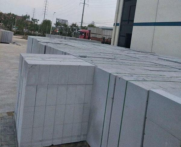 加气混凝土砌块及墙板在生产过程中出现的裂缝、裂纹产生的原因分析及解决的措施