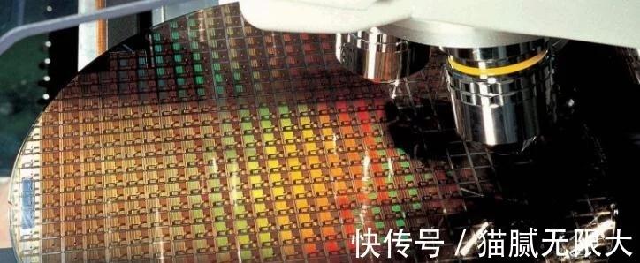 """中国想要夺取芯片领域""""制高点"""",不只是喊口号,好消息终于传来!"""