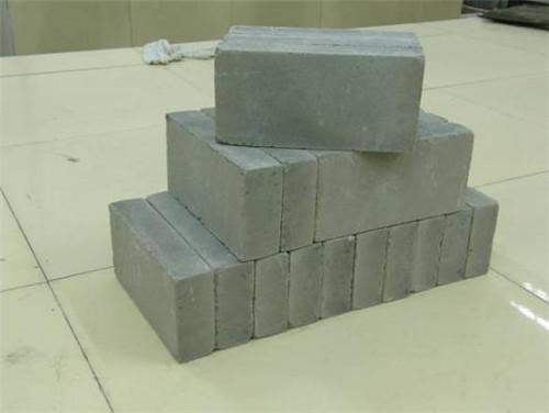 随着环保要求的不断提高,蒸压粉煤灰砖已经逐步代替普通红砖,富安隆邀您了解蒸压粉煤灰砖常见问题