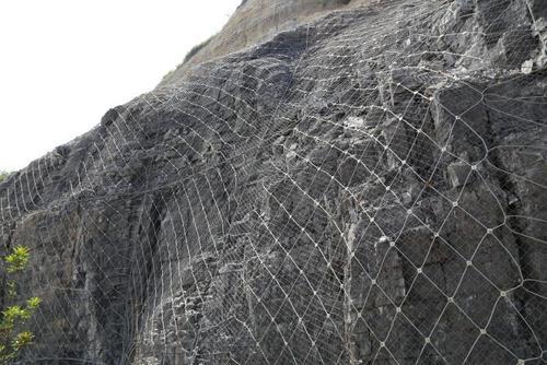 四川边坡防护网案例