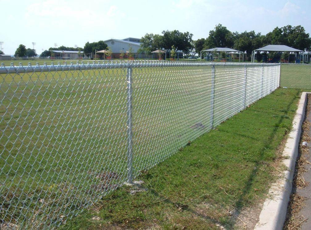 四川护栏网厂告诉你:四川护栏网如何发挥安全作用原则