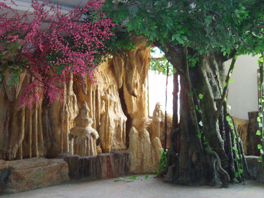 仿真树在园林景观中基本设计原则是什么?汉中假树厂来谈一谈