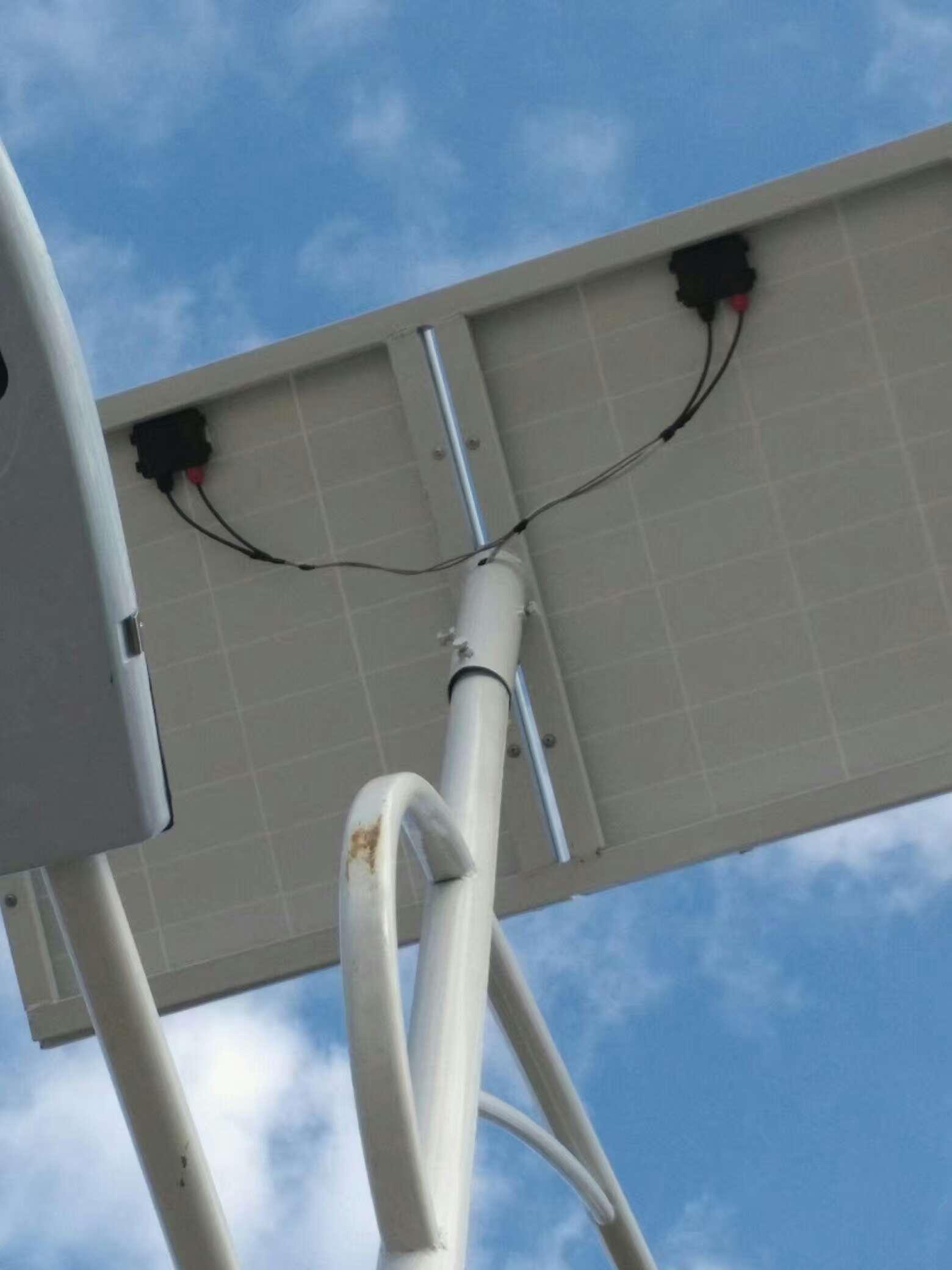 太阳能光伏板价格由什么因素决定?