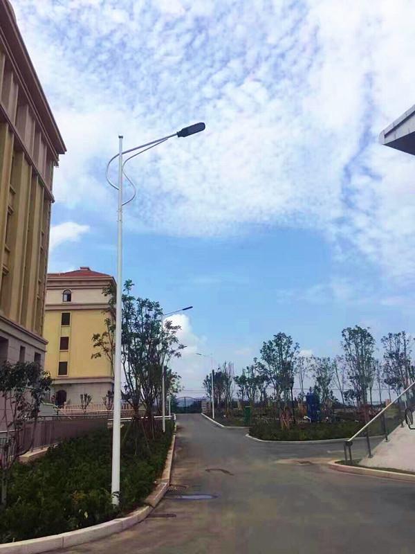 香港推多功能智慧灯柱试验计划,采用LED路灯省电30%