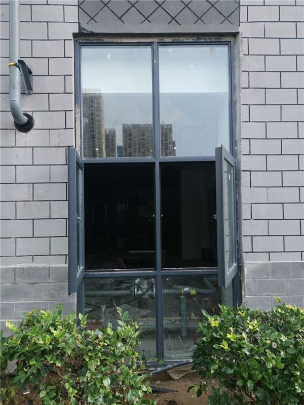 防火窗它是怎样用来防火的,以及安装它的必要性。