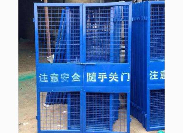 简述四川电梯门的施工注意事项以及使用事项哦