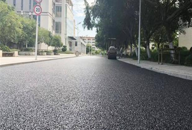 涨知识:四川路面翻新后路面起砂问题处理方法