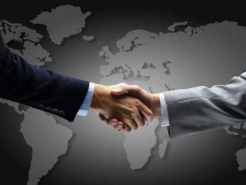 坚守和平发展、合作共赢才是人间正道