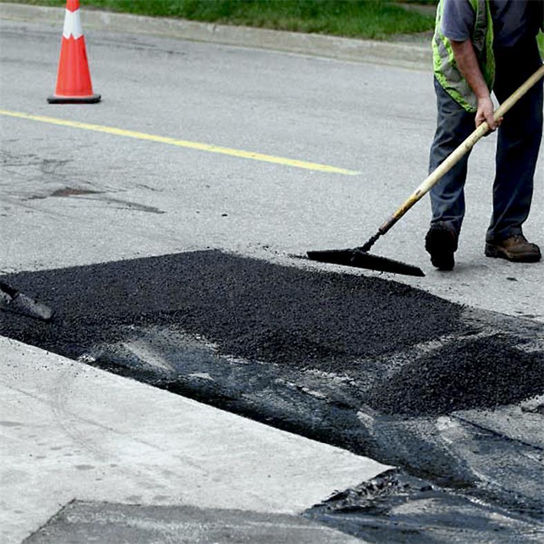 沥青路面修复:未固化的沥青冷补料可否二次利用