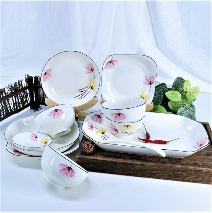魏女士购买家庭陶瓷餐具